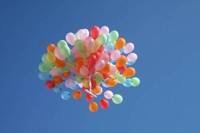 20100323175424-globos.jpg